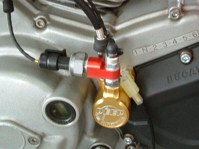 クラッチ圧センサー