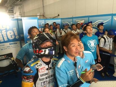 race_pit1_20
